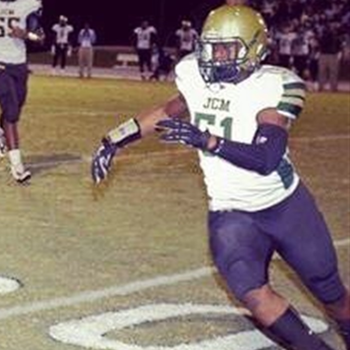 "Georgia Recruiting: 2016 Linebacker Says a Georgia Offer Would Be ""hard to pass up"""