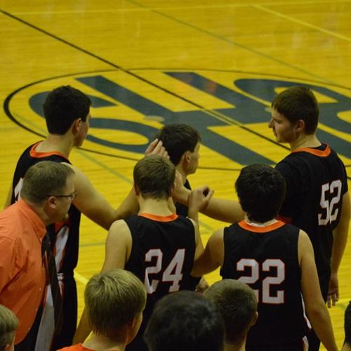 Ipswich High School - Boys Varsity Basketball
