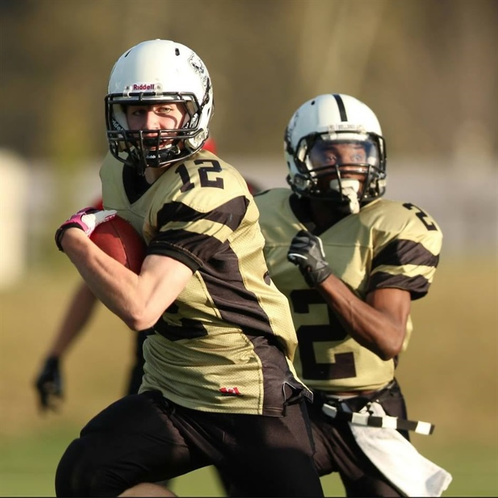 bulldogs midget football vs falcons midget   robert stewart