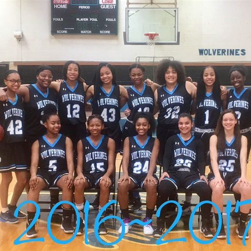 Woodland Hills High School - Women's Varsity Basketball