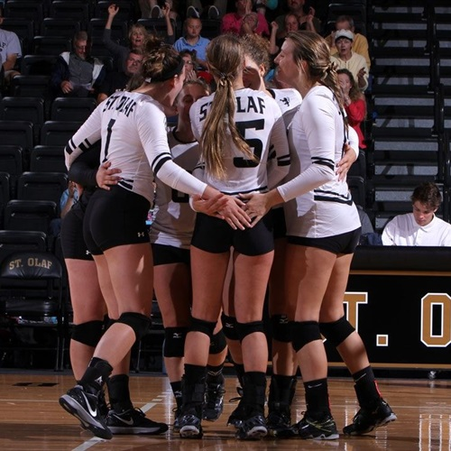 St. Olaf College - Womens Varsity Volleyball