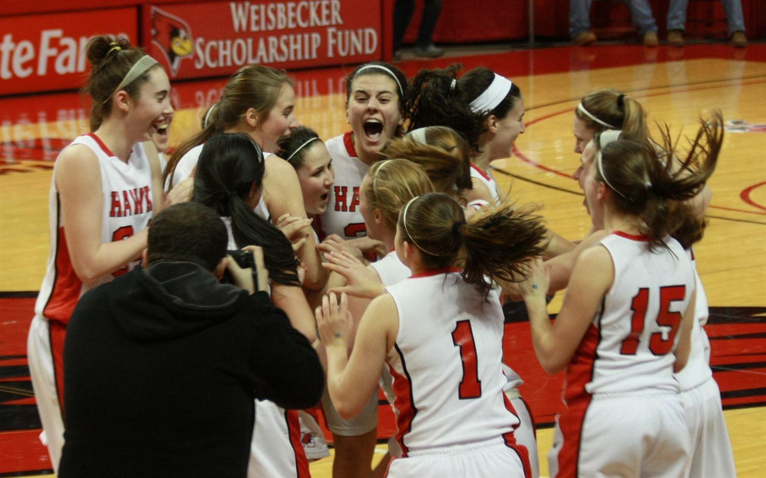 Maine South High School - Girls Varsity Basketball