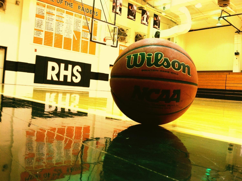 Richland High School - Girls Varsity Basketball-2014-15