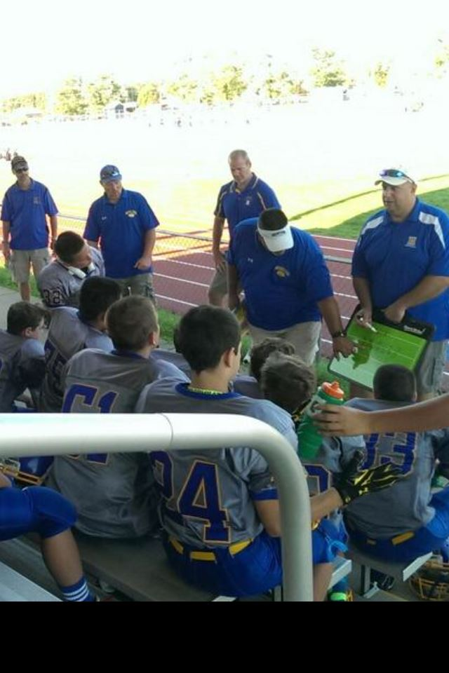 Hampton Junior Football Association - Hampton Dawgs