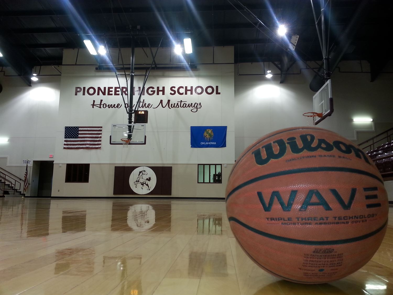 Pioneer High School - Boys' Varsity Basketball