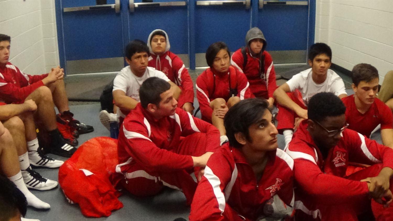 Annandale High School - Boys Varsity Wrestling