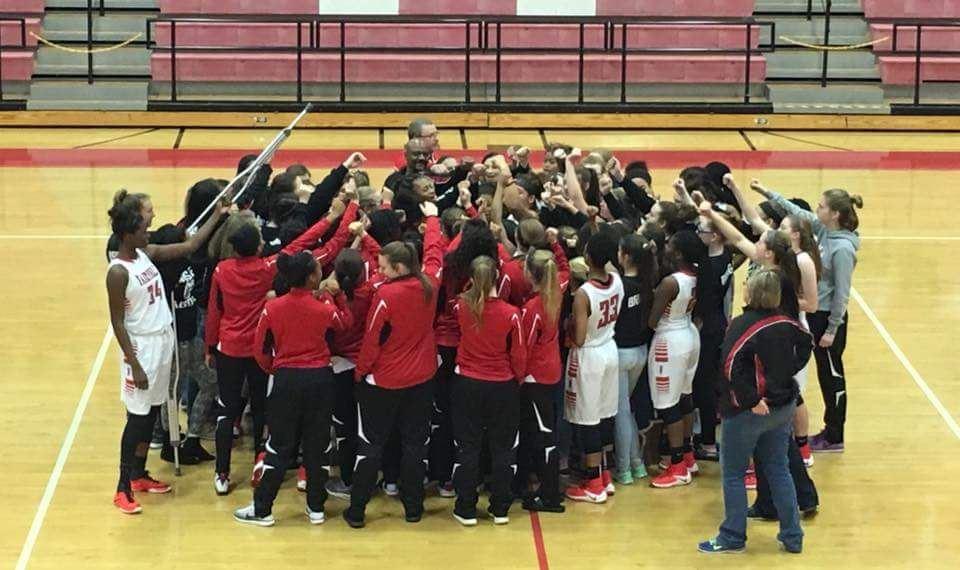 Fairfield High School - Girls Varsity Basketball