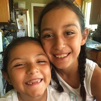 Haylee & Zitlaly Martinez