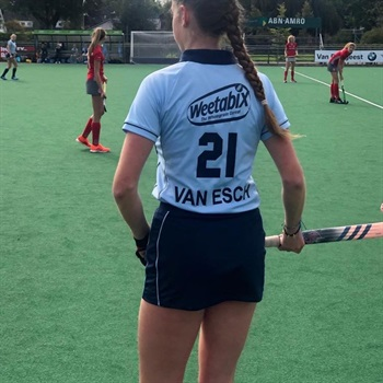 Roos van Esch