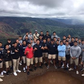 Kamehameha Hawai'i High School - Boys Varsity Football
