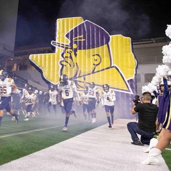Eastwood High School - Trooper Varsity Football