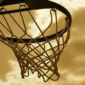 McMinnville High School - Girls Varsity Basketball