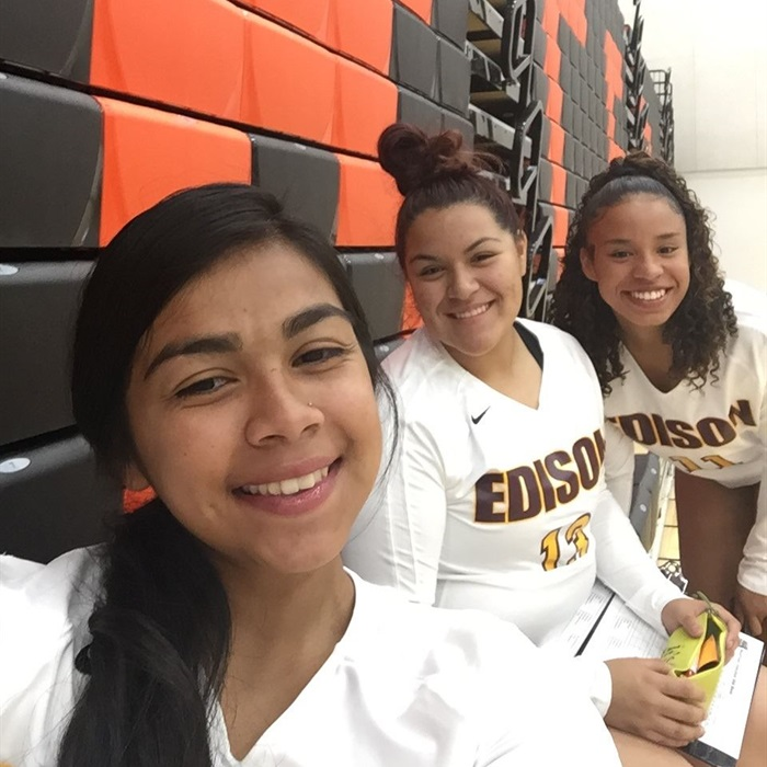 Girls Varsity Volleyball Edison High School Stockton California Volleyball Hudl