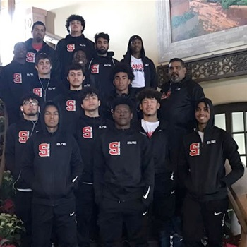 Sanger High School - Boys' Varsity Basketball