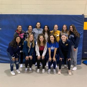 Neuqua Valley High School - Women's Varsity Basketball