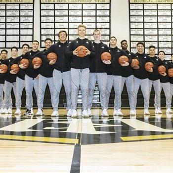 Servite - Boys Varsity Basketball