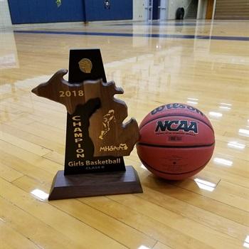 Niles High School - Girls Varsity Basketball