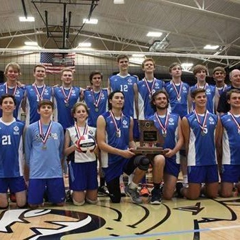 St. Louis University High School - Varsity Volleyball