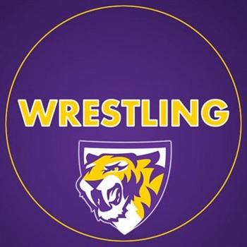 Central DeWitt - Boys Varsity Wrestling