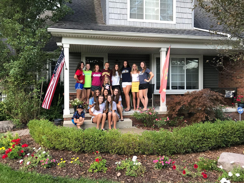 Utica Eisenhower High School Boosters - Girls Varsity Volleyball