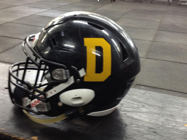 Dakota Collegiate - Boys Varsity Football