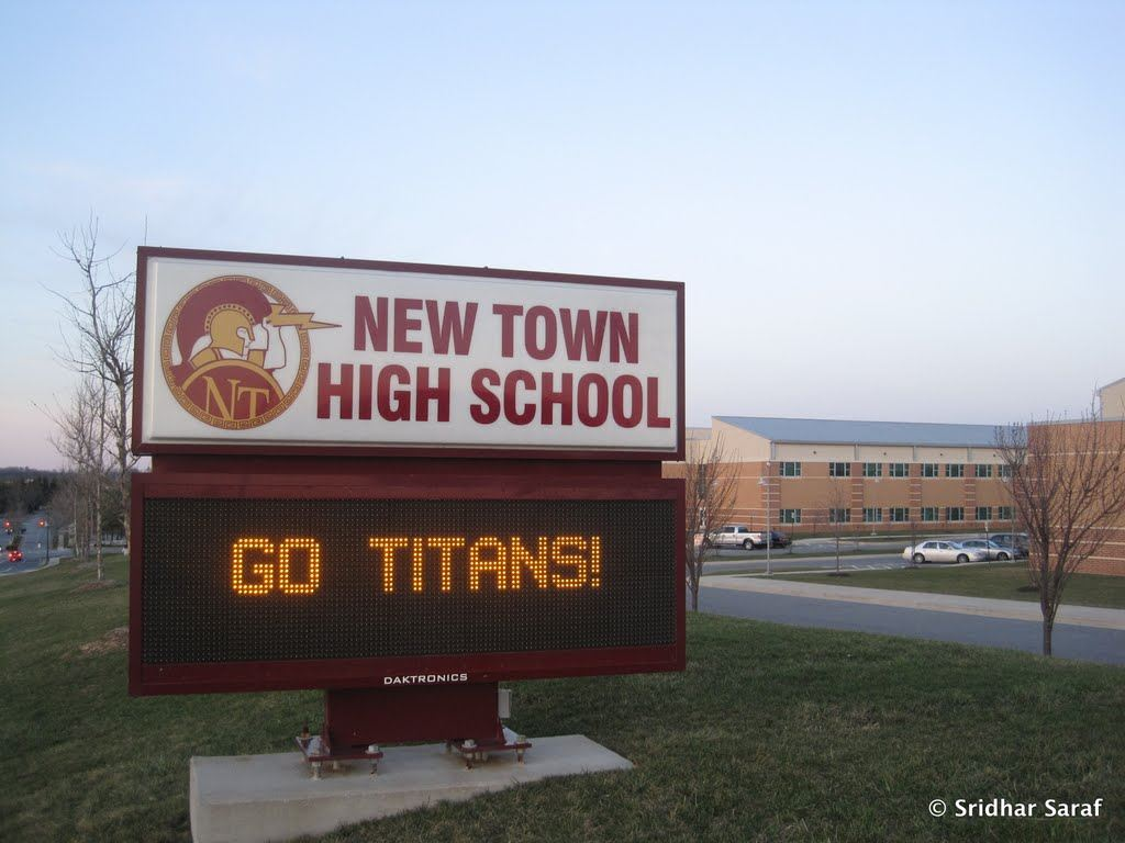 Newtown >> Girls' Varsity Basketball - New Town High School - Owings Mills, Maryland - Basketball - Hudl