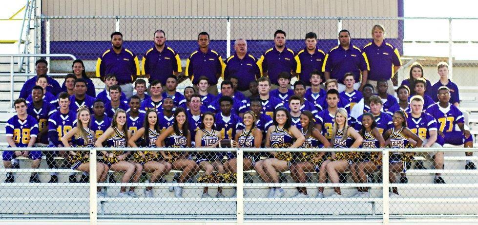 Oberlin High School - Boys Varsity Football