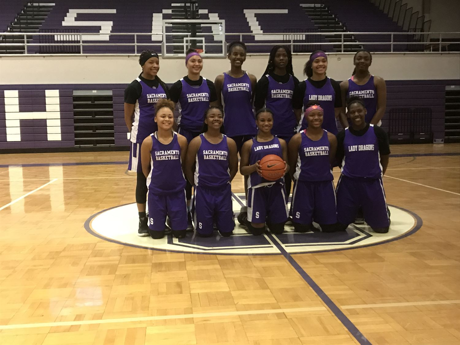Sacramento High School - Girls' Varsity Basketball