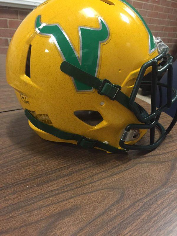 Woodbridge High School - Boys Varsity Football