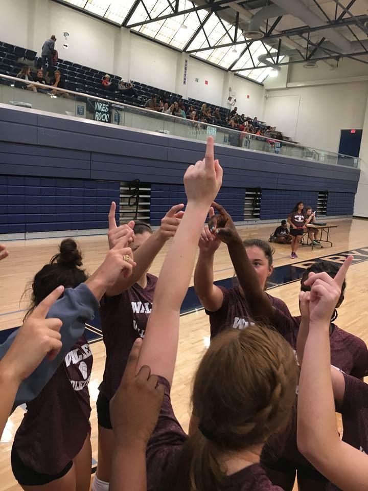 Waller High School - Girls Varsity Volleyball