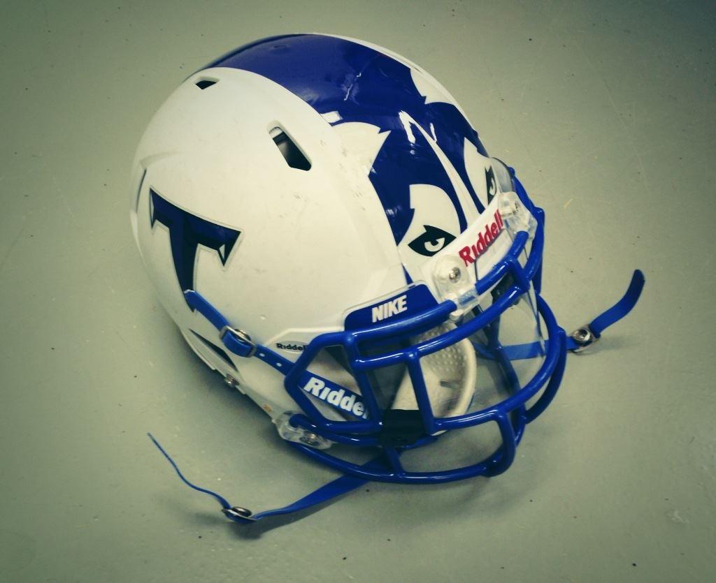 Tuscarora High School - Mens Varsity Football