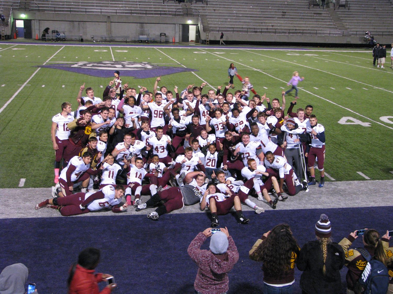 Chesterton High School - Chesterton Trojans Varsity Football