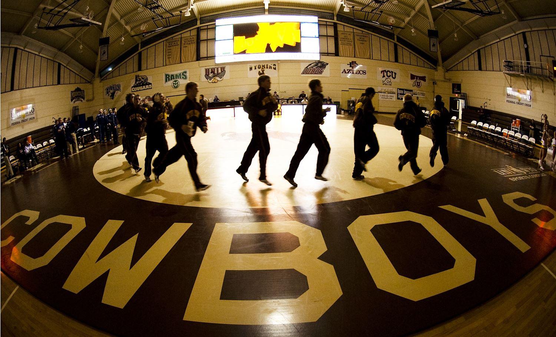 University of Wyoming - Mens Varsity Wrestling