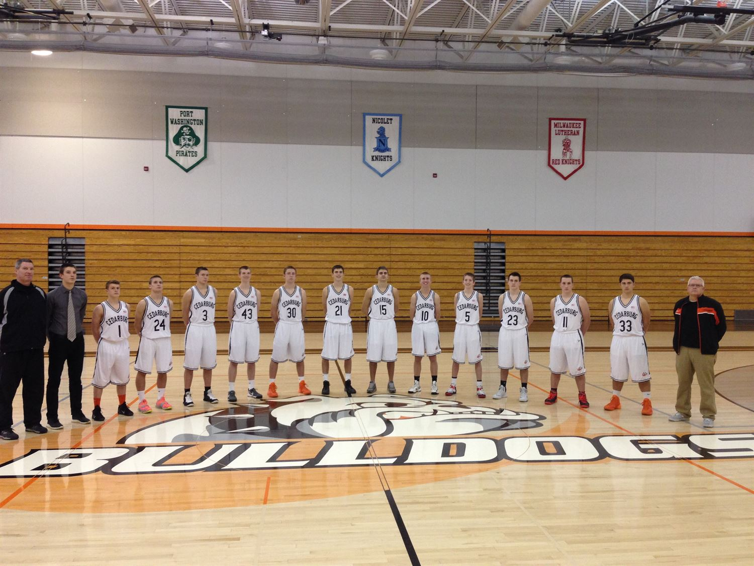 Cedarburg High School - Boys Varsity Basketball