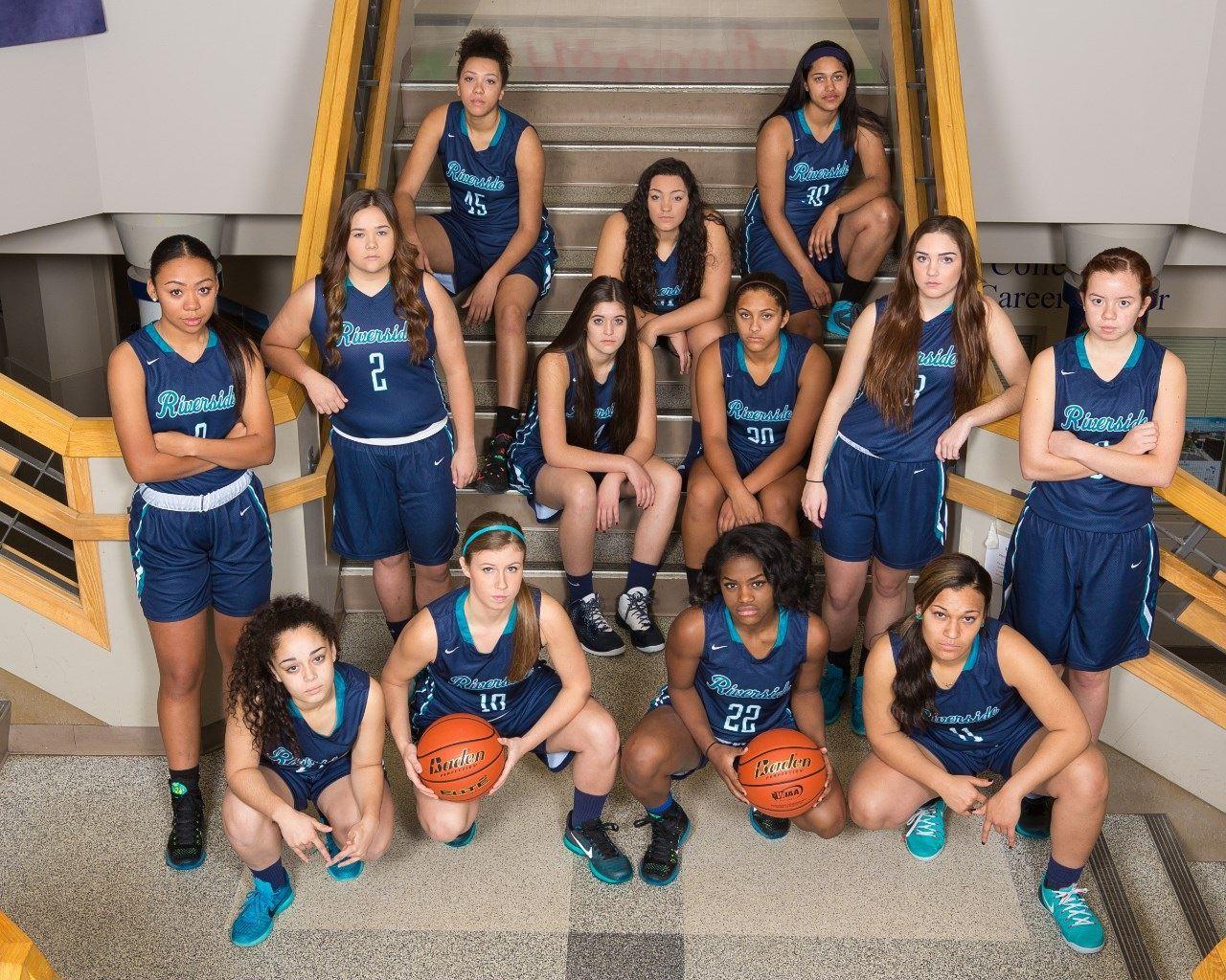 Girls Varsity Basketball Auburn Riverside High School