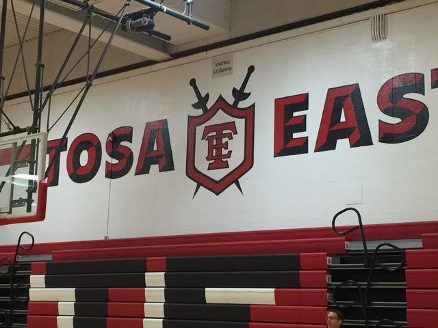 Wauwatosa East High School - 2016-2017 Boys' Varsity Basketball