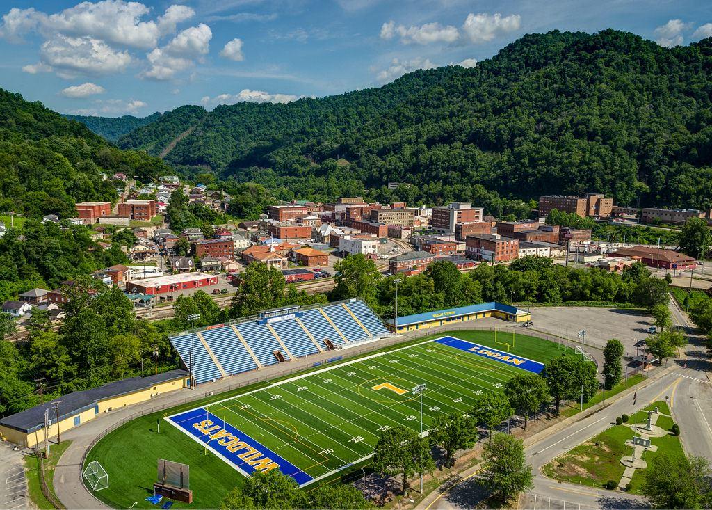 Logan High School - Boys' Varsity Football