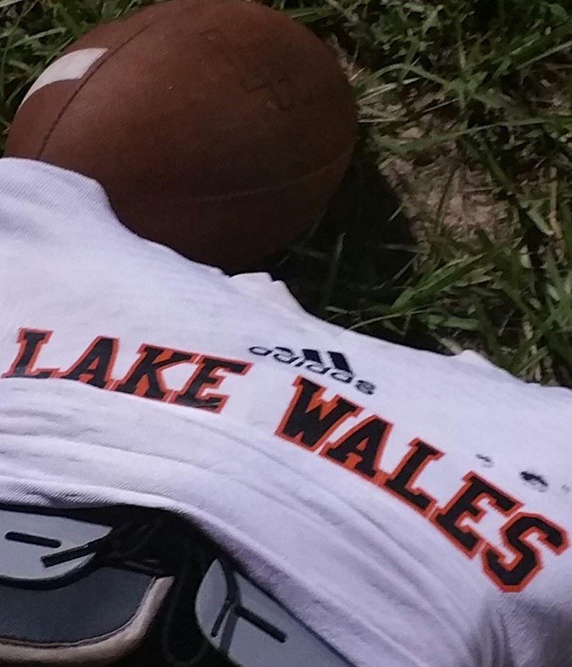 Lake Wales High School - Boys' JV Football