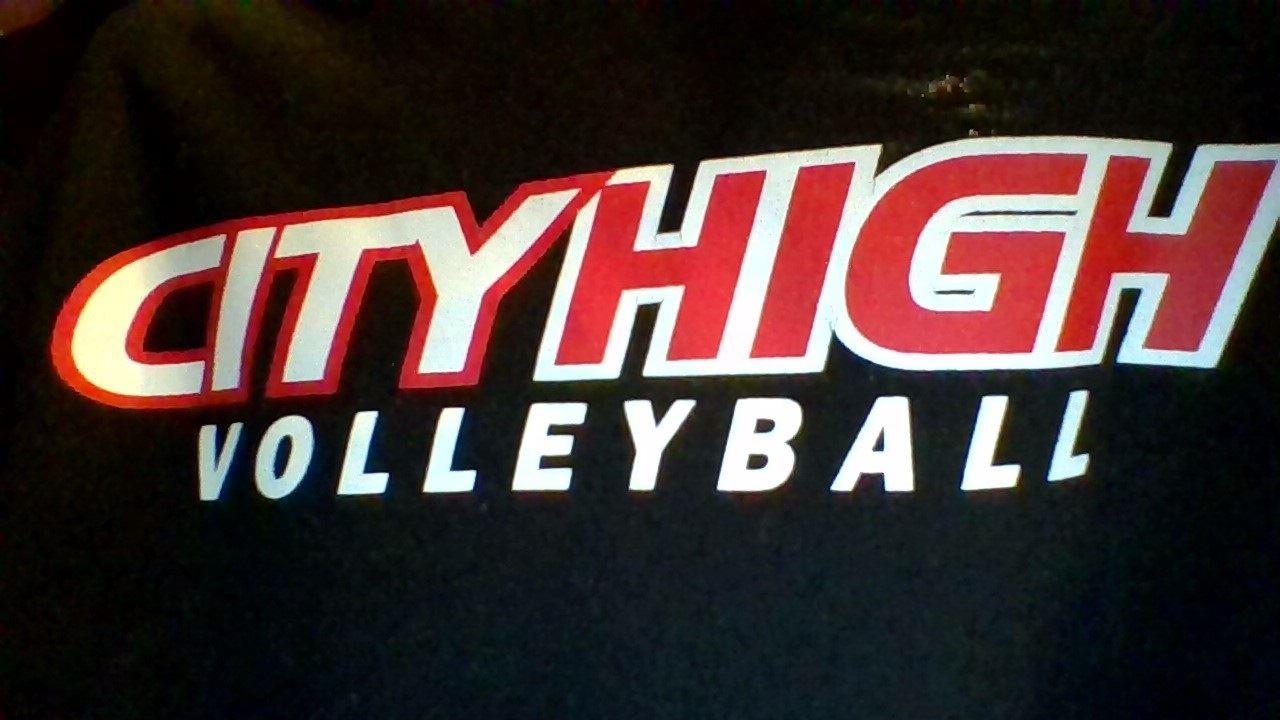 Iowa City High School - Girls' Varsity Volleyball