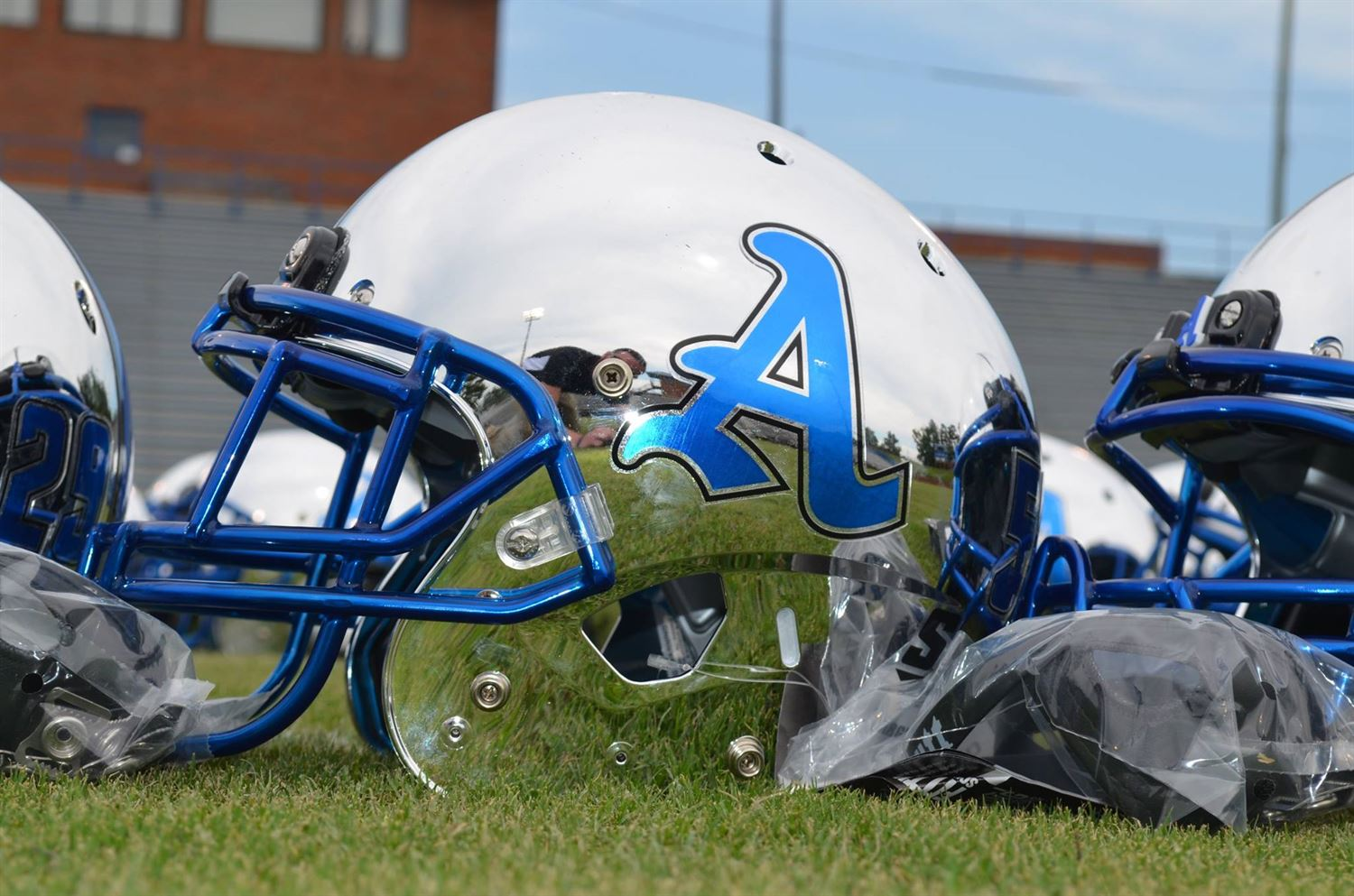 Auburn High School - Boys Varsity Football