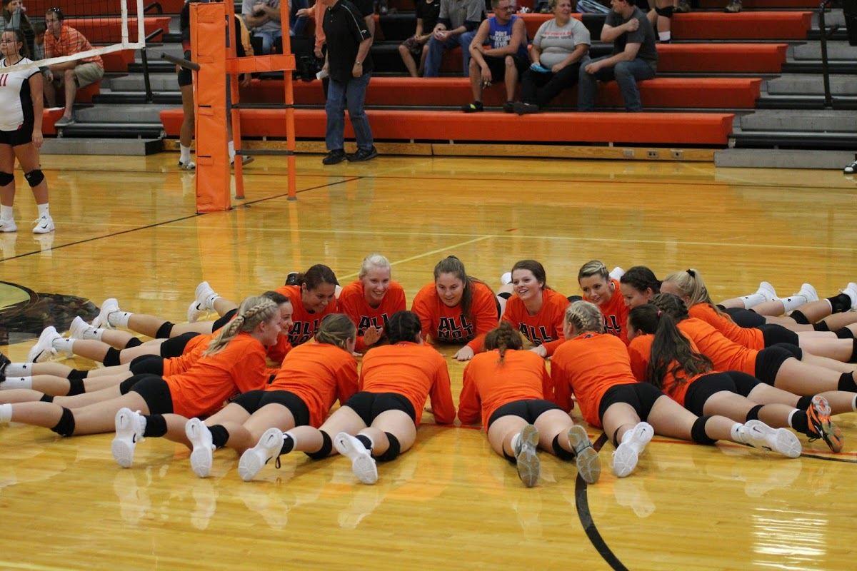 Lennox High School - Girls' Varsity Volleyball