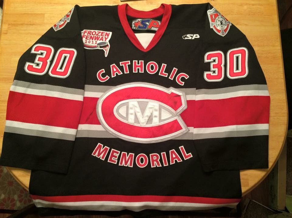 Catholic Memorial High School - 2015-2016 Boys' Varsity Ice Hockey