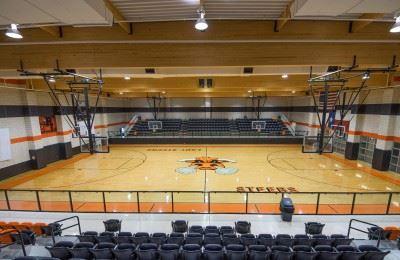 Robert Lee High School - Boys' Varsity Basketball