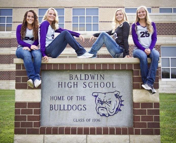 Baldwin High School - Girls Varsity Volleyball