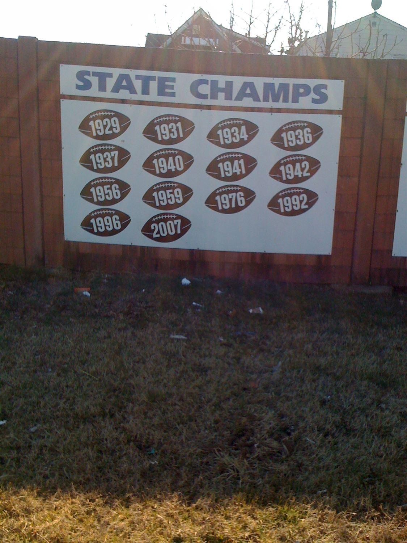 Carteret High School - Boys Varsity Football