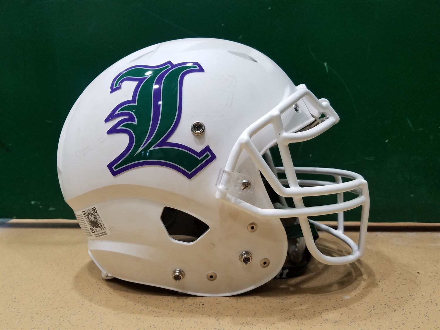 Lakewood High School - Boys Varsity Football